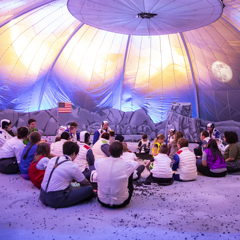 Students experience the lunar landing with Theatre UNI